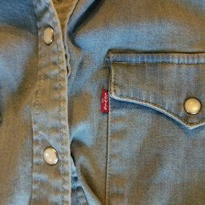 Levi's Tops - Levi's denim button up